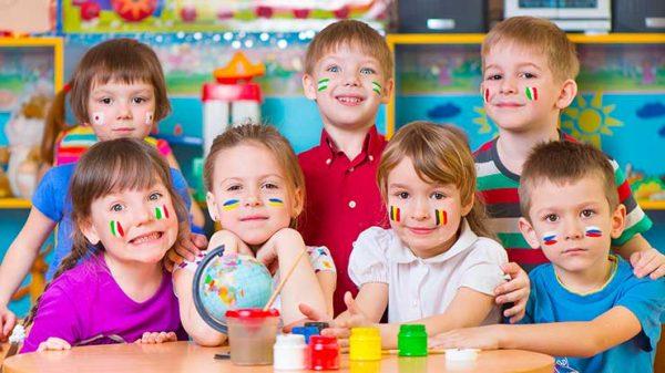 Cum învață copiii o limbă străină?