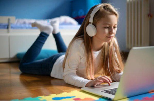 ONLINE nyári román nyelvtanfolyamok gyerekeknek